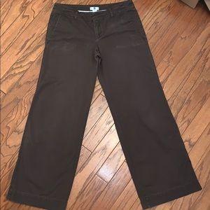 Woman's Gap Brown Khaki Pants